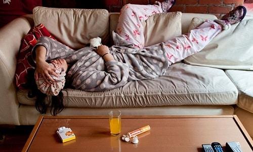 Абстинентный синдром бывает у пьяниц со стажем. Это происходит из-за того, что у них организм так реагирует на отсутствие этанола