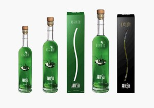 Абсент в бутылках