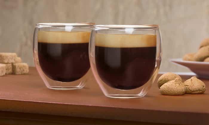Бейлиз подается в конце трапезы и отлично сочетается с кофе или десертами