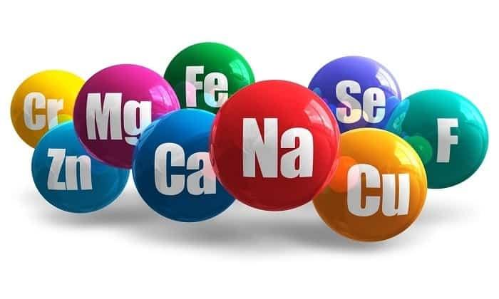 В лимоне есть полезные вещества как железо, магний, кальций, фосфор