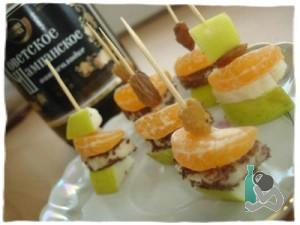 Десерт из фруктов к шампанскому