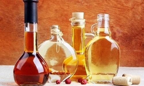 На Руси медовуха появилась в XVIII веке и сразу стала очень популярной, но не все знают чем ее закусывать