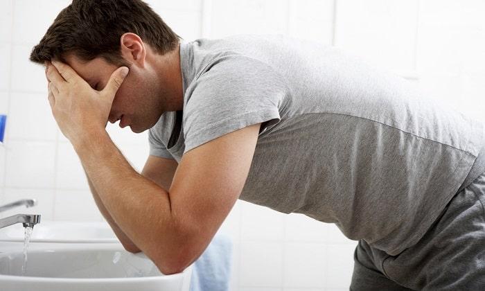 Головокружение, тошнота и рвота может возникнуть после применения препарата