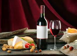 вино  с  закуской