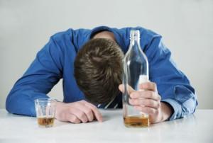 Как взаимосвязаны шизофрения и алкоголь?