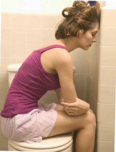 Антибиотики часто вызывают диарею из-за нарушения микрофлоры желудка.