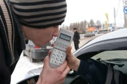 alko-2-250x166 GadgetAll.ru - Выпил, а завтра за руль? Портативные алкотестеры
