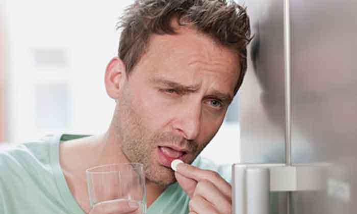 От перегара могут избавить мочегонные препараты увеличивающие количество выводимого с мочой алкоголя
