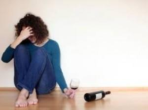Болит голова после вина