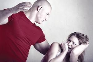 Как избавиться от мужа тирана и алкоголика?