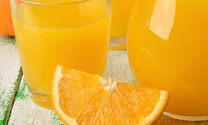 Жажда будет мучить человека после похмелья очень долго. Чтобы снять это чувство, рекомендуется выпить сок апельсина