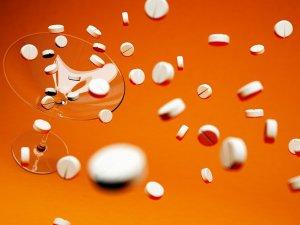 Прием с осторожностью лекарств с содержанием спирта