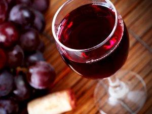 Безопасность красного вина для печени