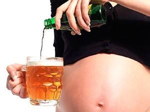 Можно ли при беременности глоток пива