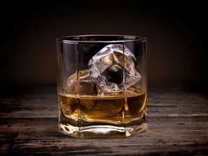 Польза небольших доз виски для здоровья