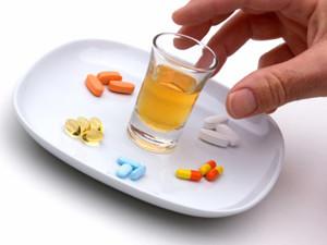 Ответ на вопрос: можно ли пить алкоголь когда принимаешь антибиотики
