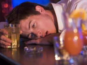 Алкоголизм - причина проблем с головным мозгом