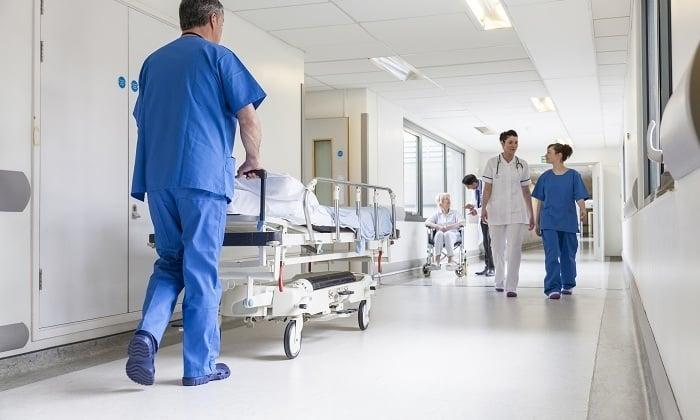 При средней и тяжелой степени абстиненции требуется госпитализация