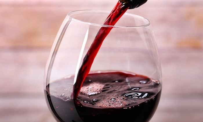 Можно ли пить домашнее вино