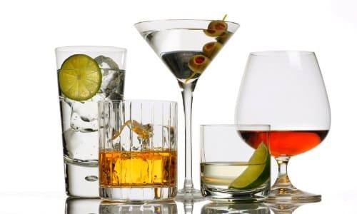 Алкогольные напитки противопоказаны при заболеваниях ЖКТ