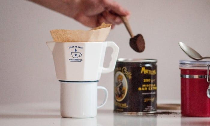 Кофе не рекомендуется пить в больших дозах, потому что он не поможет избавиться от похмелья за короткое время