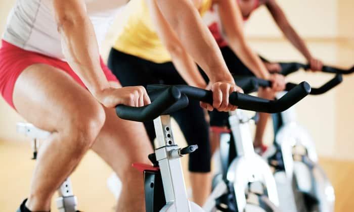 При кардиотренировке улучшается кровообращение и активно сжигается жир