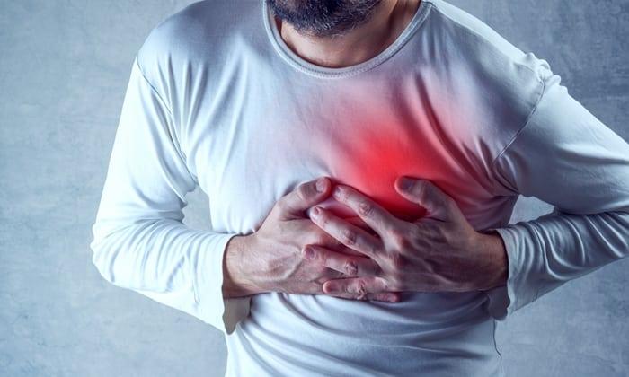 Развитие сердечной недостаточности - в большом количестве пиво нагружает венозные сосуды, и сердечная мышца растягивается