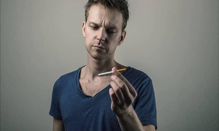 Потребность в витамине возрастает у курящих людей