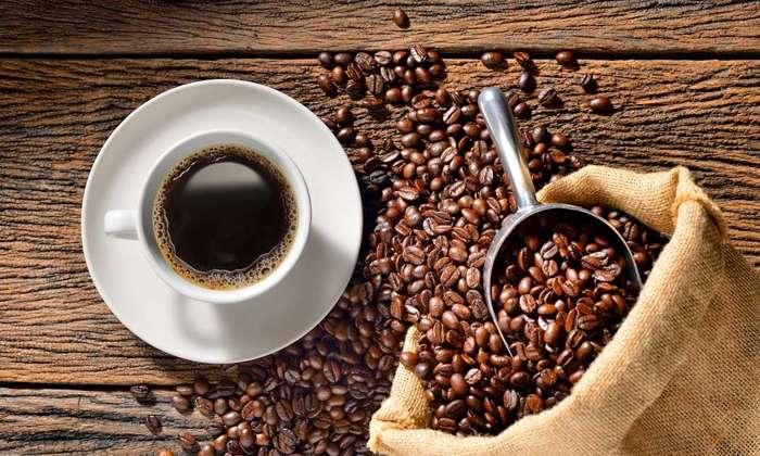 Кофе при похмельном синдроме с утра рекомендуется принимать с осторожностью