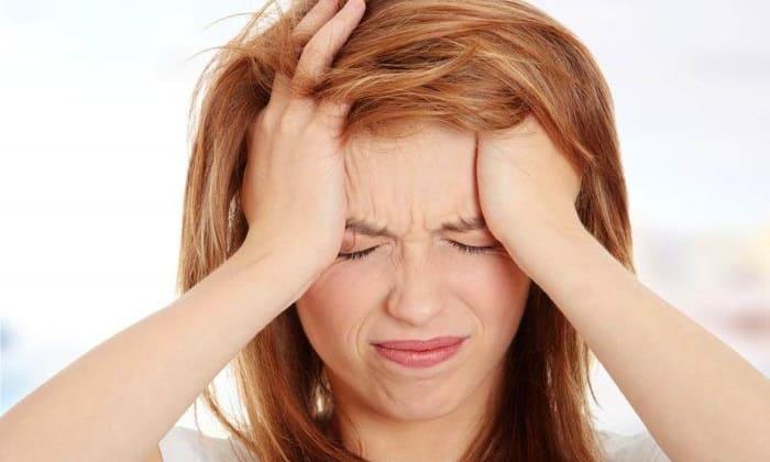 Развитие негативных воздействий проявляется в виде мигрени или сильного головокружения