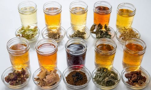 Травяные чаи и настойки, обладающие мочегонными и желчегонными свойствами, позволят восстановить здоровье и улучшить общее состояние организма