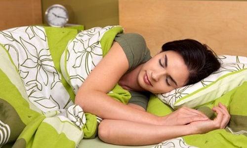 Препарат оказывает умеренное снотворное воздействие