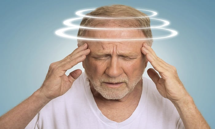 Со стороны ЦНС препарат вызывает головокружение
