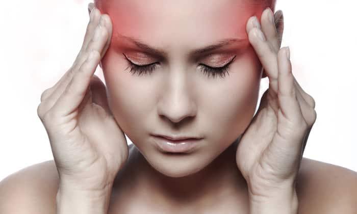 При приеме Элениума возможно возникновение головных болей