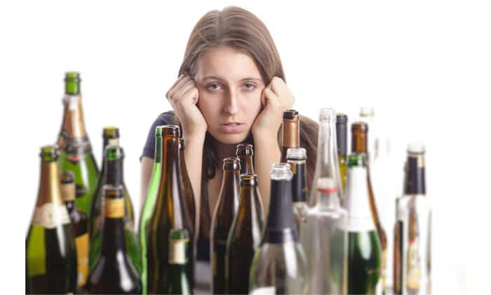 Алкоголизм является причиной для применения препарата