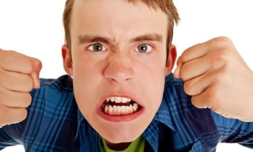 Таблетки Тиаприда иногда выписывают подросткам при расстройствах поведения, которые сопровождаются агрессивностью и ажитацией