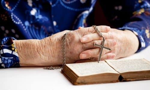 Заговоры и молитвы работают только в том случае, если их произносят четко и уверенно, в соответствии с правилами
