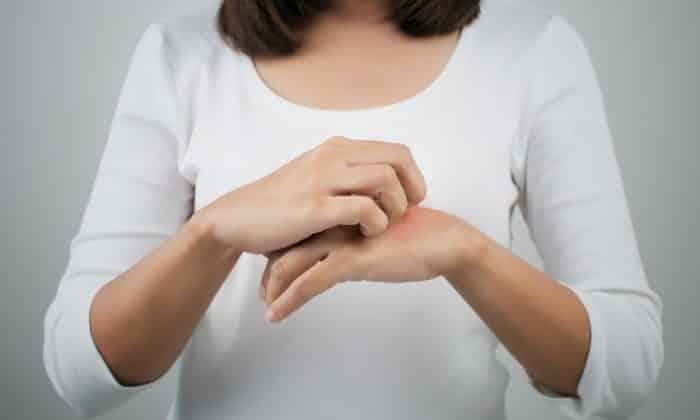 Побочным эффектом может быть появление зуда на коже