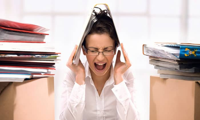 Гамма-аминомасляная кислота может уменьшить выработку адреналина и норадреналина, что приводит к снижению стресса