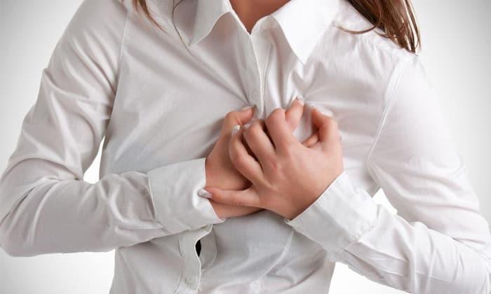 Во время лечения может наблюдаться тяжесть в груди