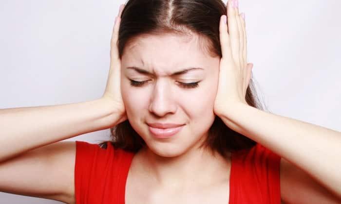 Неадекватные реакции организма могут проявиться в виде писка в ушах