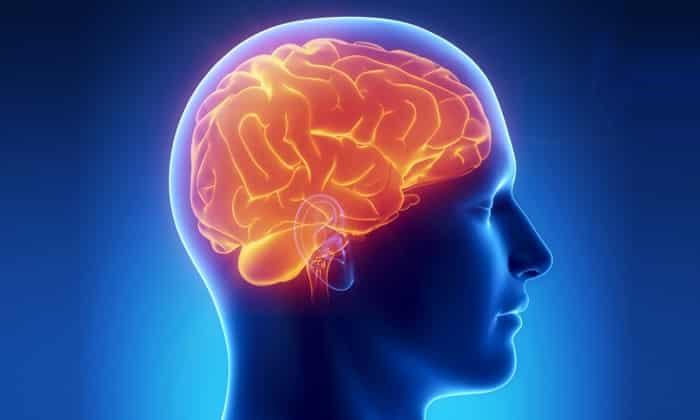 Для лечения травм и осложнений при повреждениях головы показаны инъекции длительностью до 15 суток не более 500 мг в день