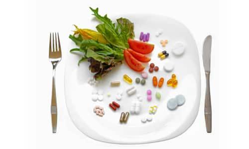 В инструкции по применению сказано, что препарат нужно употреблять вместе с пищей