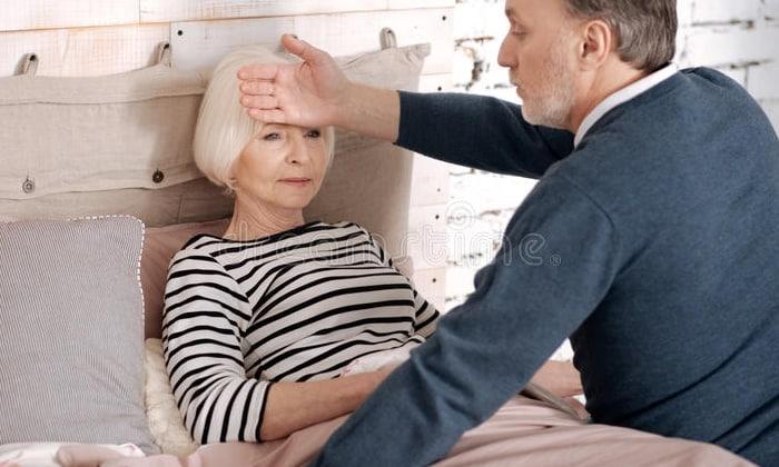 Аспирин оказывает болеутоляющее действие, убирает воспаление, снимает жар